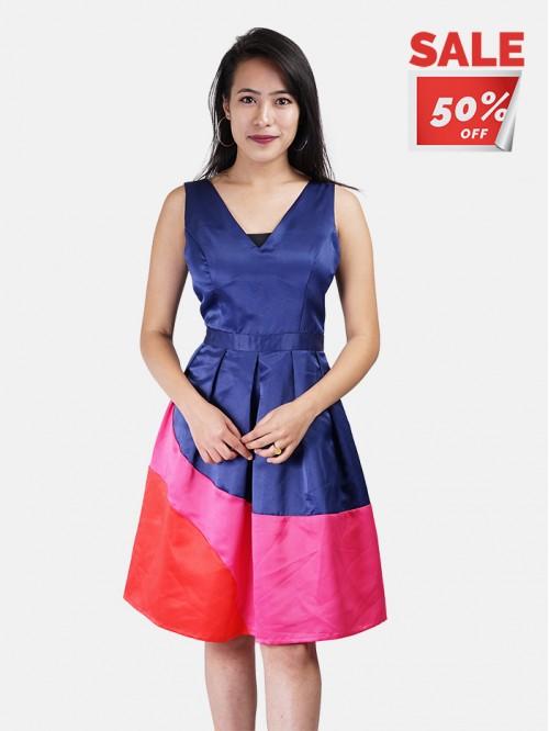 V neck Sleeveless Contrast Dress
