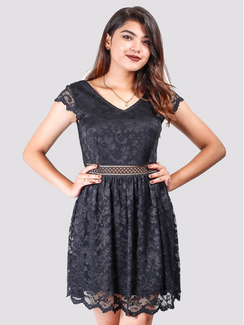 V Neck Half Sleeve Net Detail Dress