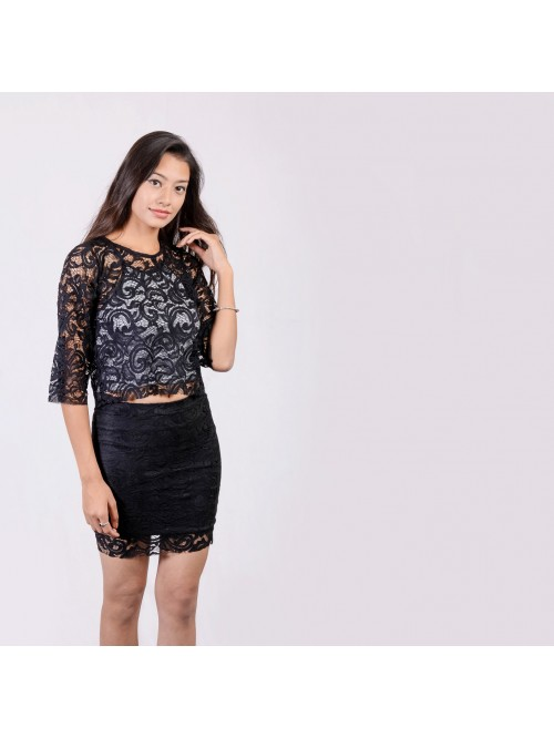 Lace Quarter Sleeve Top