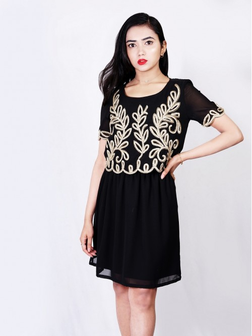 Half Sleeve Embroided Gather Dress