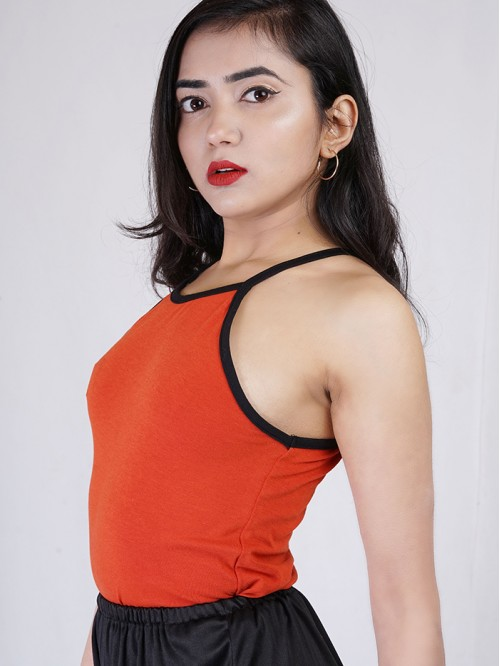 Basic Contrast Sling Crop Top