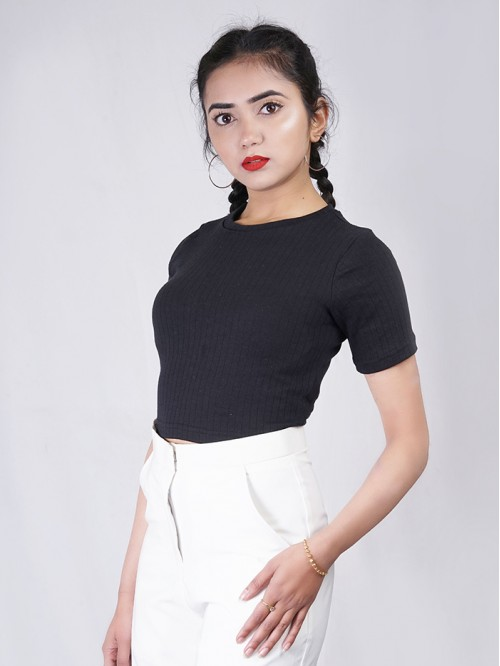 Close Neck Half Sleeve Rib Crop Top