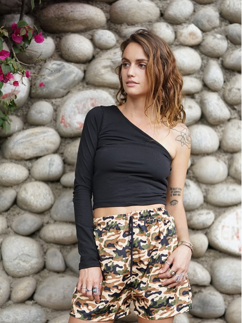 Black One Side Full-Sleeve Crop Top